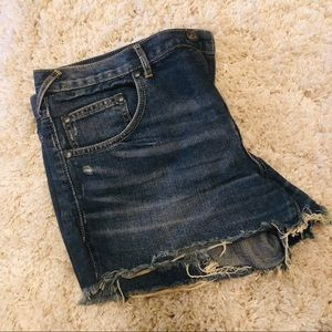 FREE PEOPLE JEAN CUT OFF SHORTS